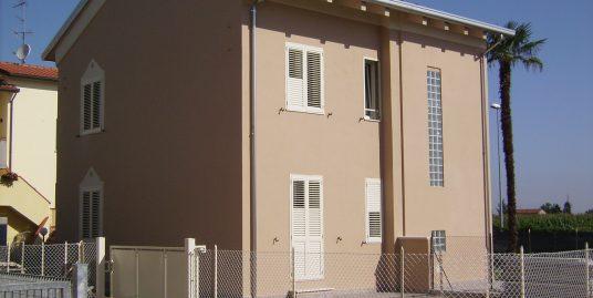 Appartamento con ingresso indipendente
