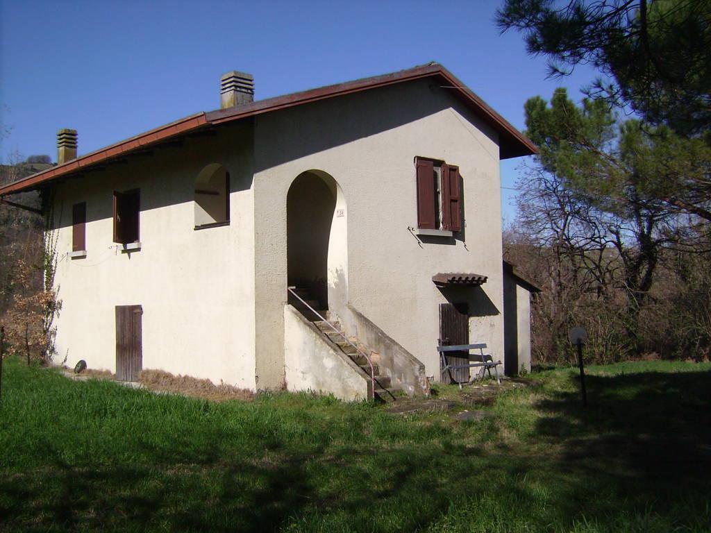 Casa Con Ampio Giardino Appartamenti E Case In Affitto E
