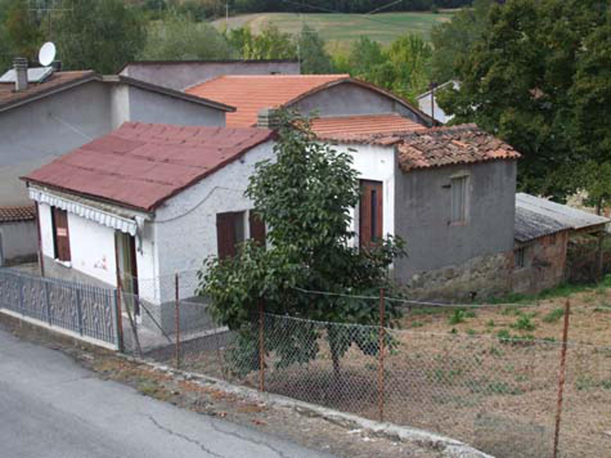 Casetta indipendente con piccolo orto (Cusercoli-Civitella di Romagna)