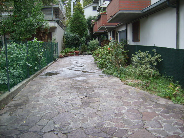Villetta Abbinata Con Ampia Corte E Giardino Z Gorizia