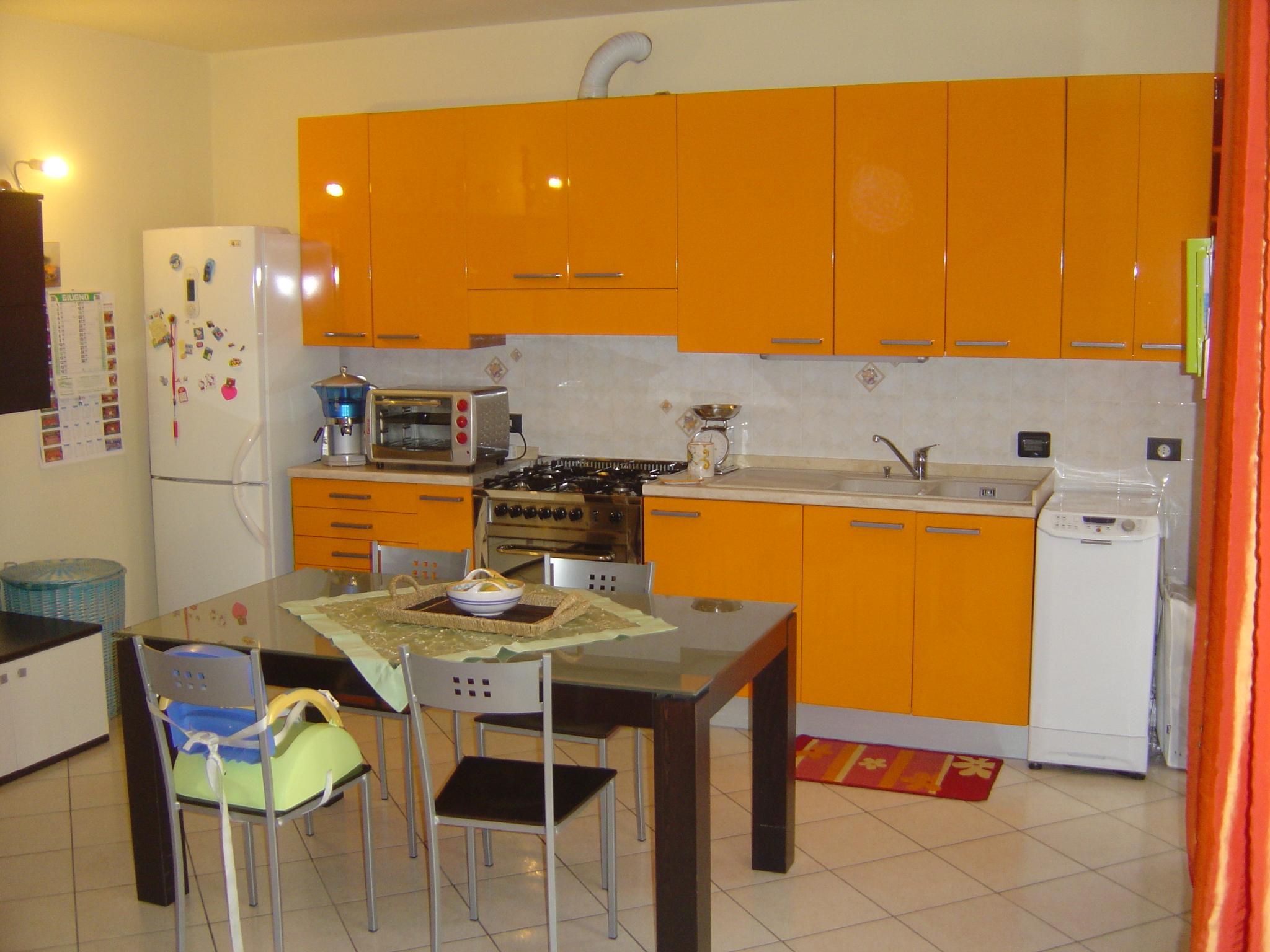 Appartamento con giardino ed ingresso indipendente (Z. Cava – Forlì)